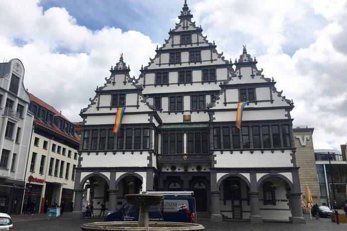 Fahnen Rathaus