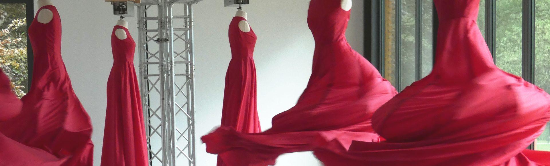Ausstellungen Get Dressed